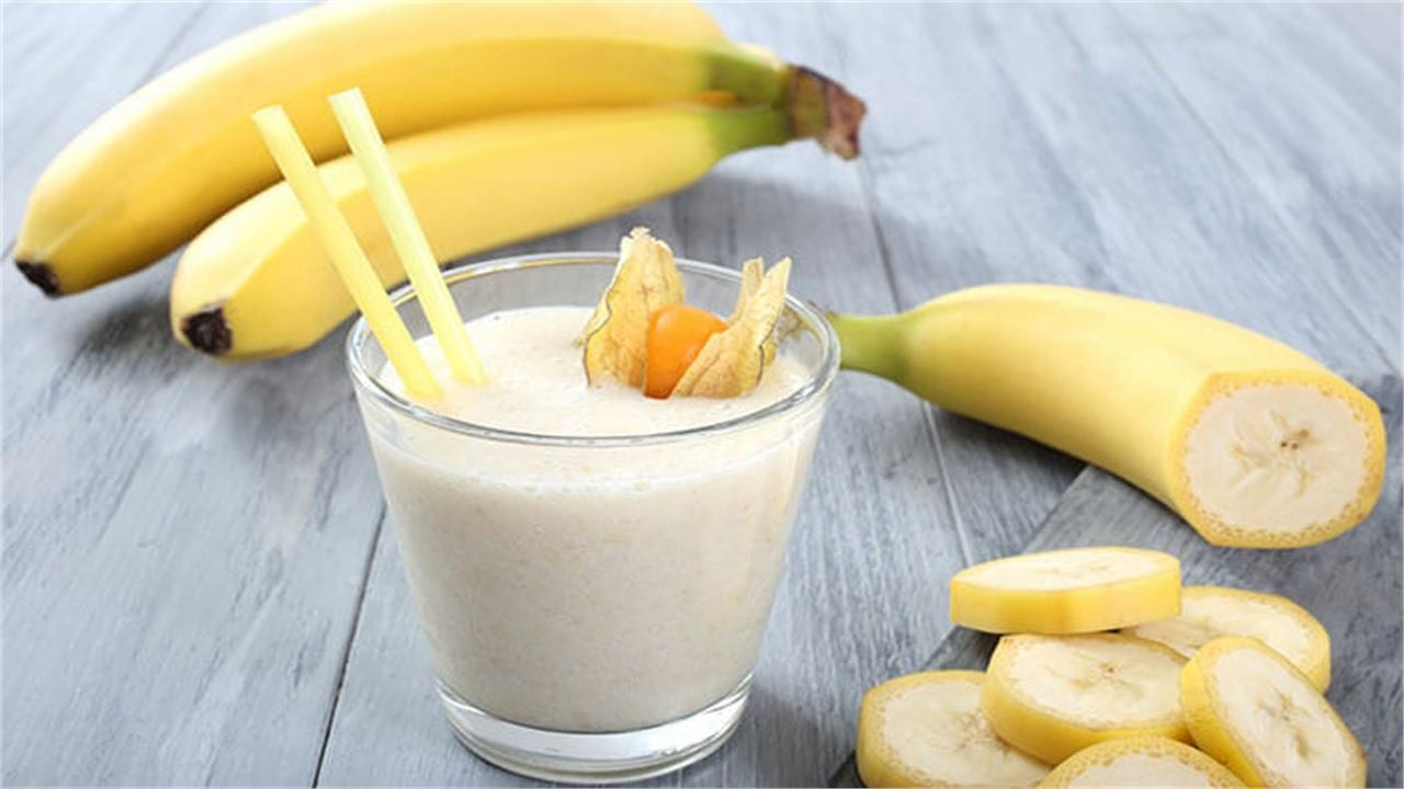 जानिए: दूध के साथ केला खाने से होते है हैरान कर देने वाले फायदे… – Live Halchal